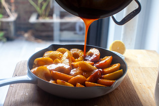 pour any leftover caramel over